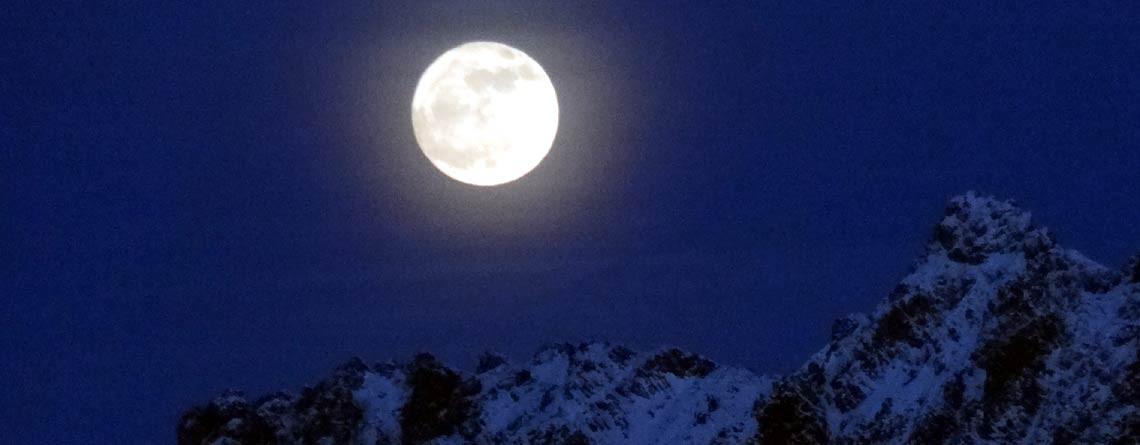 Mondschein- & Vollmond-Schneeschuhwanderung Wildhaus