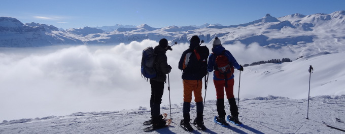 Schneeschuhwandern am Maschgenkamm